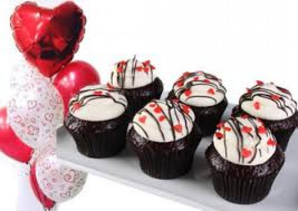 Valentine's Cupcakes - Package Deal - red velvet