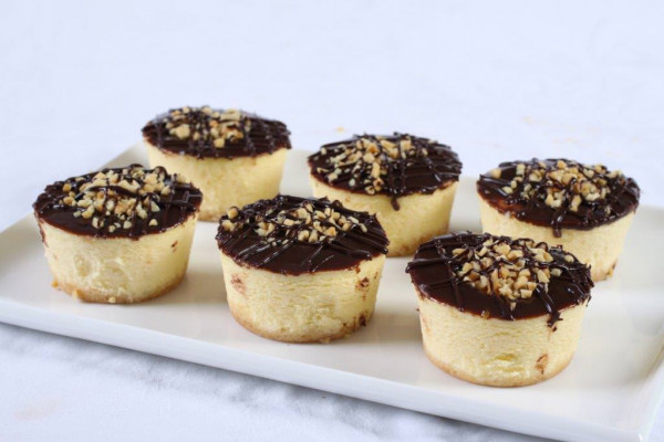 Choc Nut Baby Baked Cheesecakes
