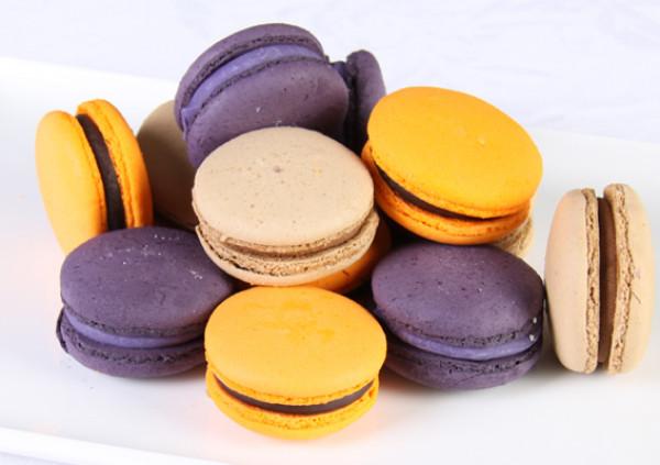 Macarons - Cakes 2 U