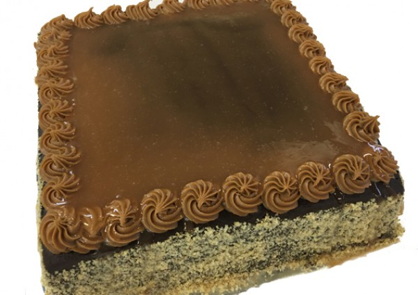 Caramel Chocolate Cake – Larger
