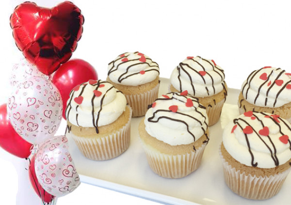 Valentine's Cupcakes - Package Deal - vanilla